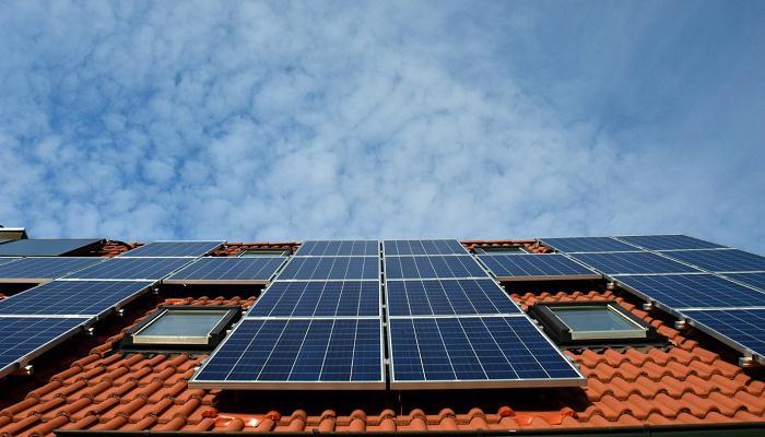 Instalación placas fotovoltaicas en casa unifamiliar